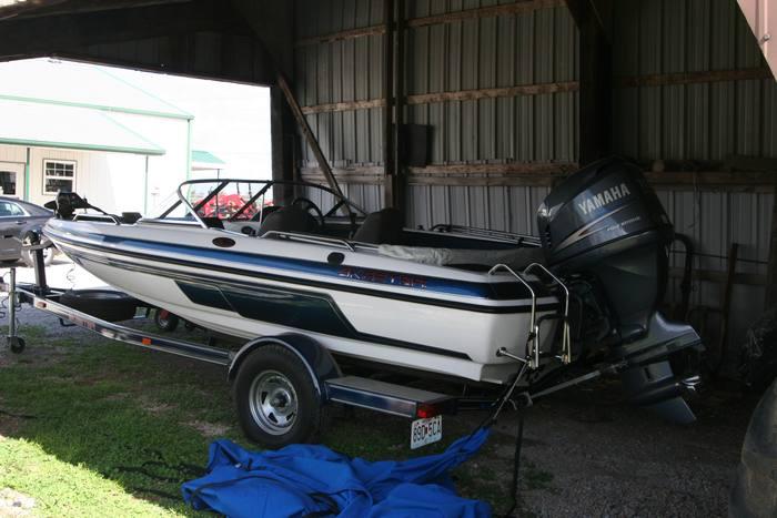 2004 Skeeter SL180