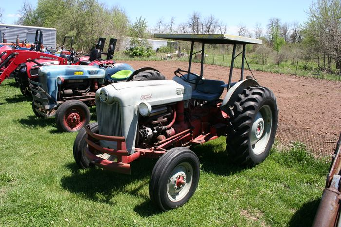 1950-1980 Ford 800