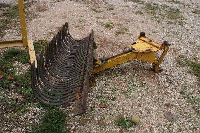 2000-2012 Rhino Rock Rake 8 feet