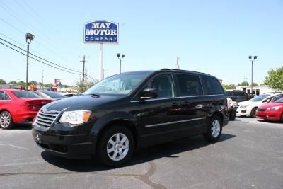 2010 Chrysler Town & Country Touring LWB