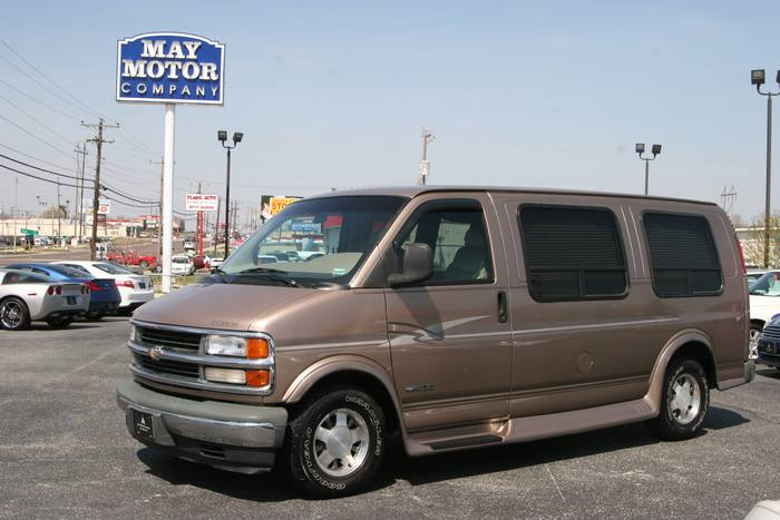 1999 Chevrolet Express Van
