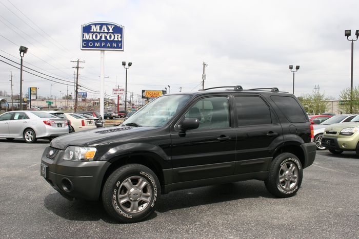 2005 Ford Escape XLS 4X4
