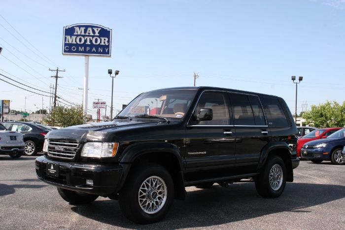 2000 Isuzu Trooper LS