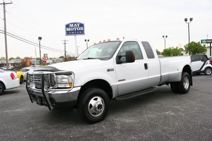 2004 Ford Super Duty F-350 DRW XLT 4X4