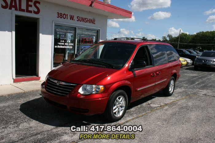 2007 Chrysler Town & Country LWB Touring