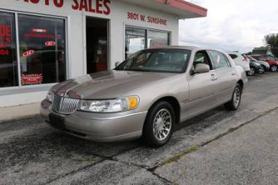 2002 Lincoln Town Car Sig.
