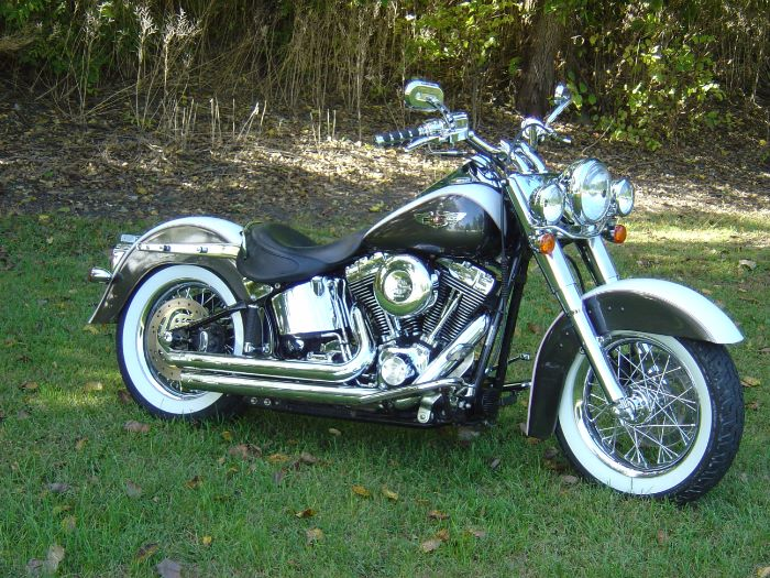 2004 Harley-Davidson Heritage Soft tail Classic FLSTC