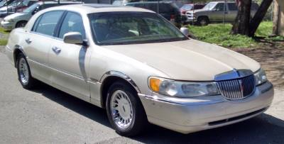 1999 Lincoln Town Car Cartier