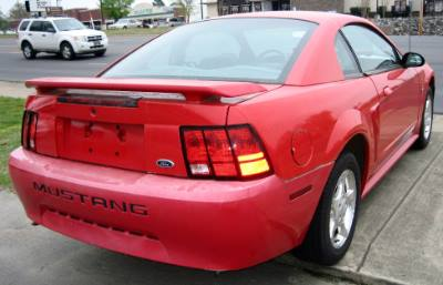 2003 Ford Mustang Standard