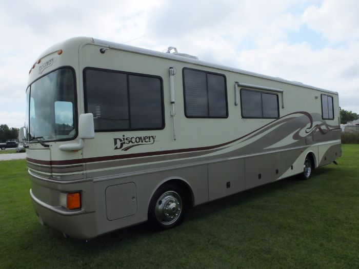 1996 Fleetwood Discovery 36R