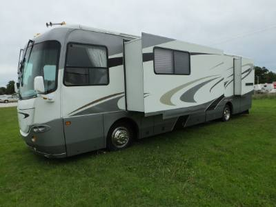 2005 Coachmen Cross Country 372DS