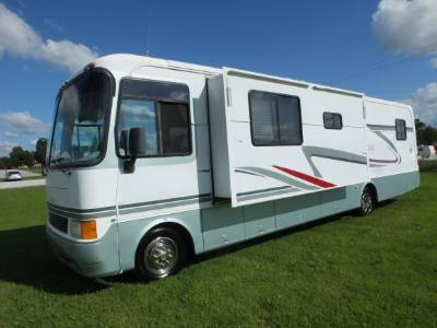 2000 Holiday Rambler Admiral 36D