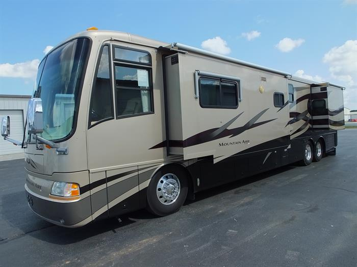 2004 Newmar Mountain Aire 4302