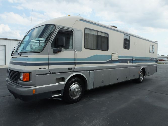 1993 Fleetwood Pace Arrow 36