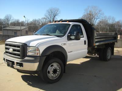 2005 Ford Super Duty F-450 DRW w/ Dump bed