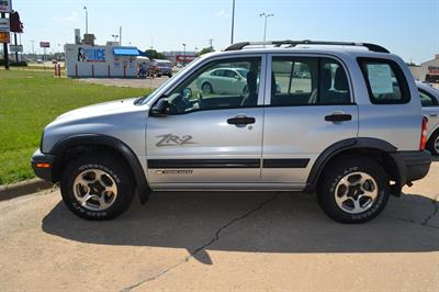 2002 Chevrolet Tracker ZR2