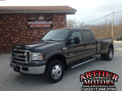 2005 Ford Super Duty F-350 DRW lariat