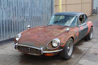 1971 Jaguar XKE 2+2 Primer