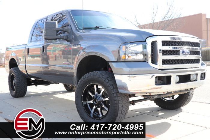 2005 Ford Super Duty F-350 SRW Lariat