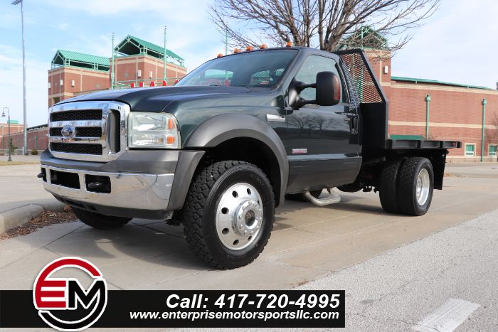 2005 Ford Super Duty F-450 DRW XLT