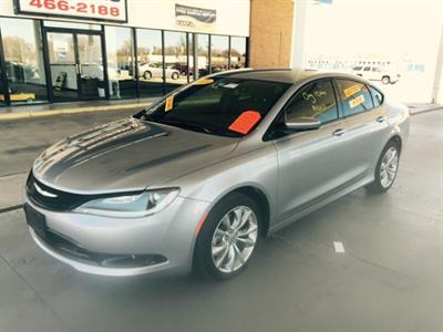 2015 Chrysler 200 S AWD 4dr Sedan