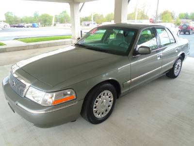 2003 Mercury Grand Marquis GS Convenience