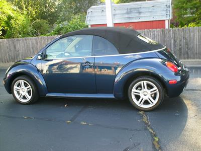 2005 Volkswagen New Beetle Convertible GLS TURBO