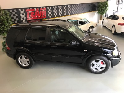 2000 Mercedes-Benz AMG ML55