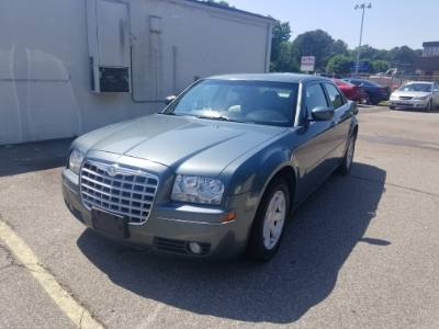 2005 Chrysler 300 300 Touring !!!Financing Available!!!