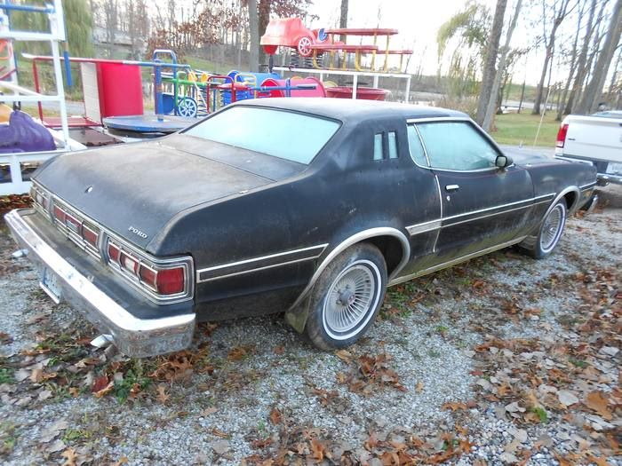 1976 Ford Torino 3