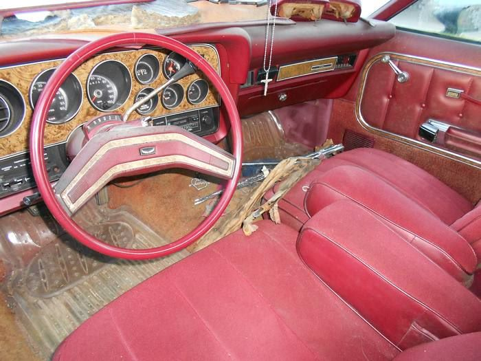 1976 Ford Torino 5