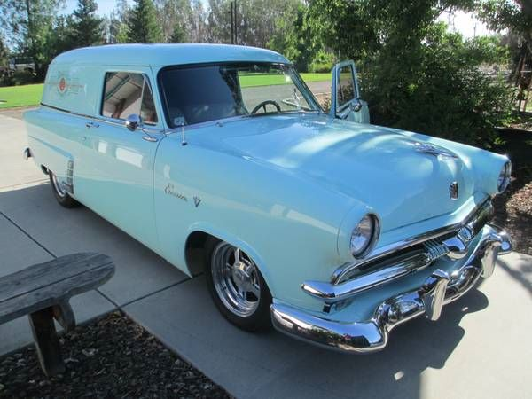1953 Ford Sedan Delivery Courier