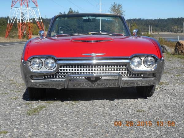1962 Ford Thunderbird 10