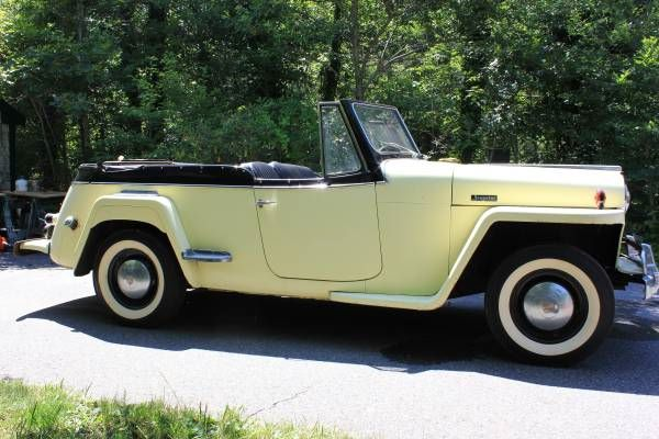 1948 Willy's Overland Jeepster