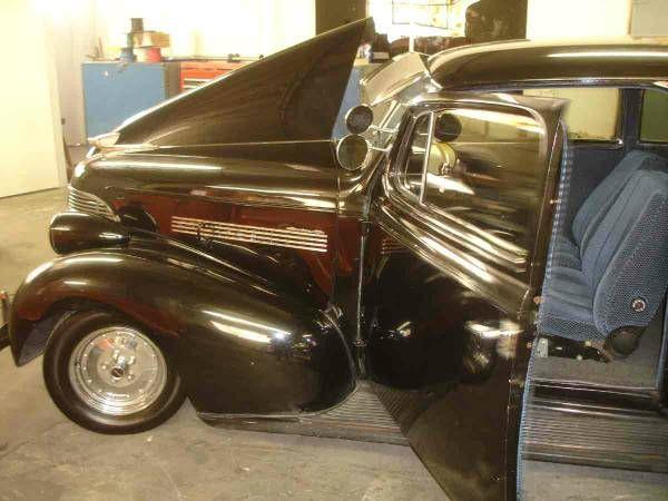 1939 Chevrolet Sedan 5