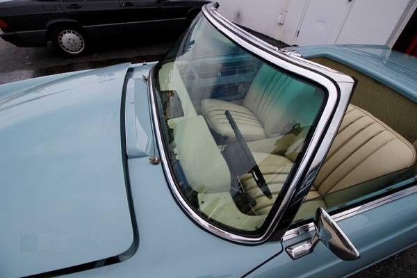 1969 Mercedes Benz 280SL 10