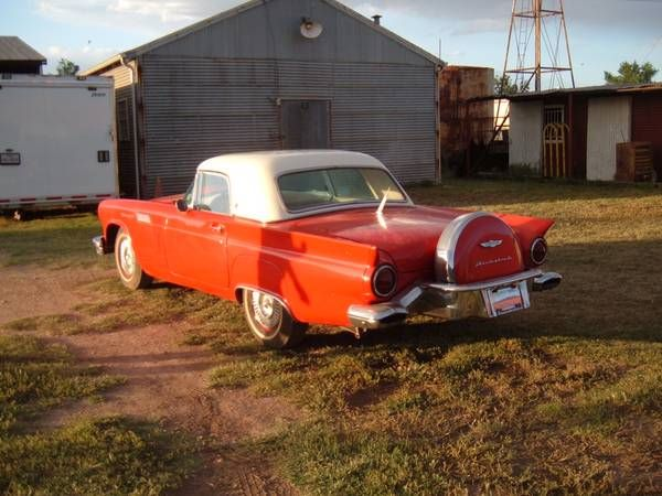 1957 Ford Thunderbird 3
