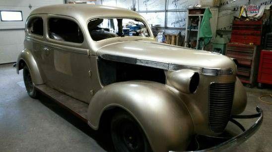 1937 Chrysler Royal 3