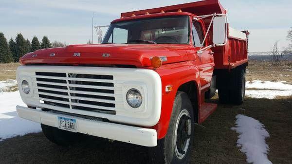 1972 Ford F750 Dump Truck