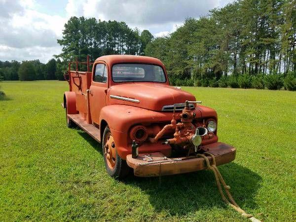 1951 Ford F5 Fire Truck