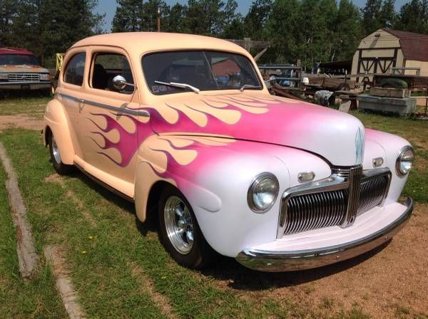 1942 Ford Sedan