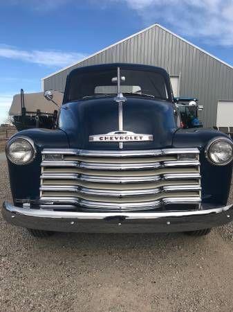 1952 Chevrolet 3600 9