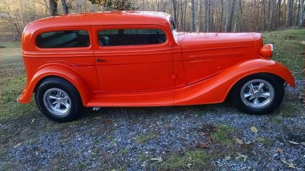 1935 Chevrolet Sedan 3