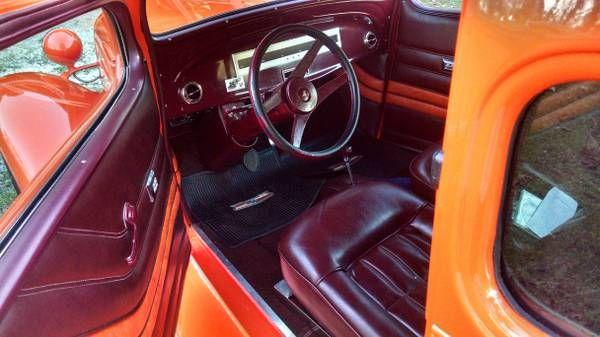 1935 Chevrolet Sedan 4