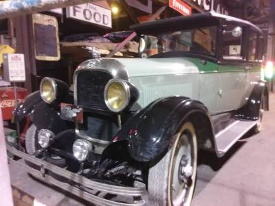 1927 Studebaker Sedan