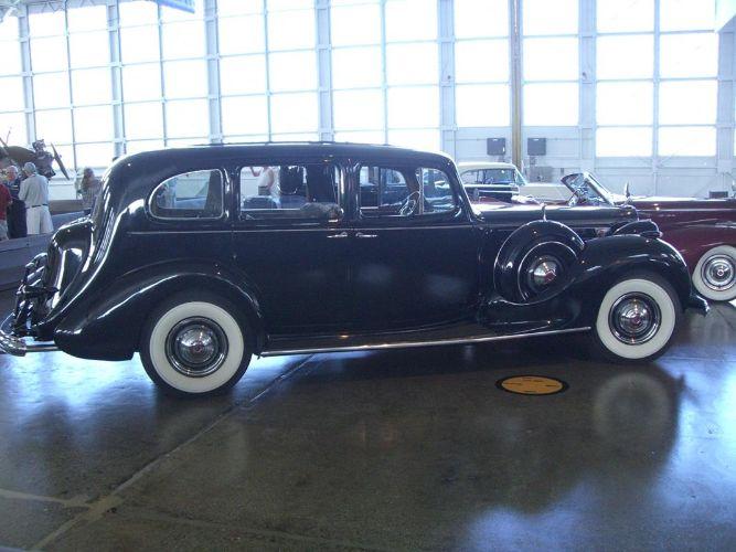 1939 Packard 1708 3