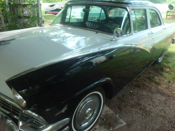 1956 Ford Town Sedan
