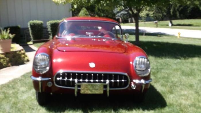 1954 Chevrolet Corvette 17