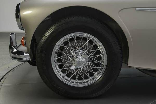 1966 Austin Healey 3000 2