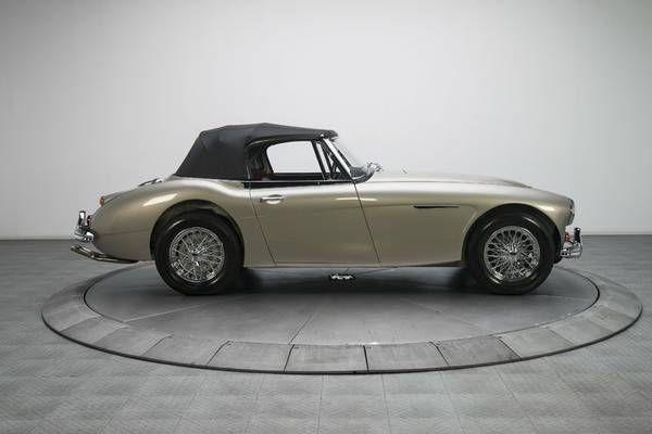 1966 Austin Healey 3000 19
